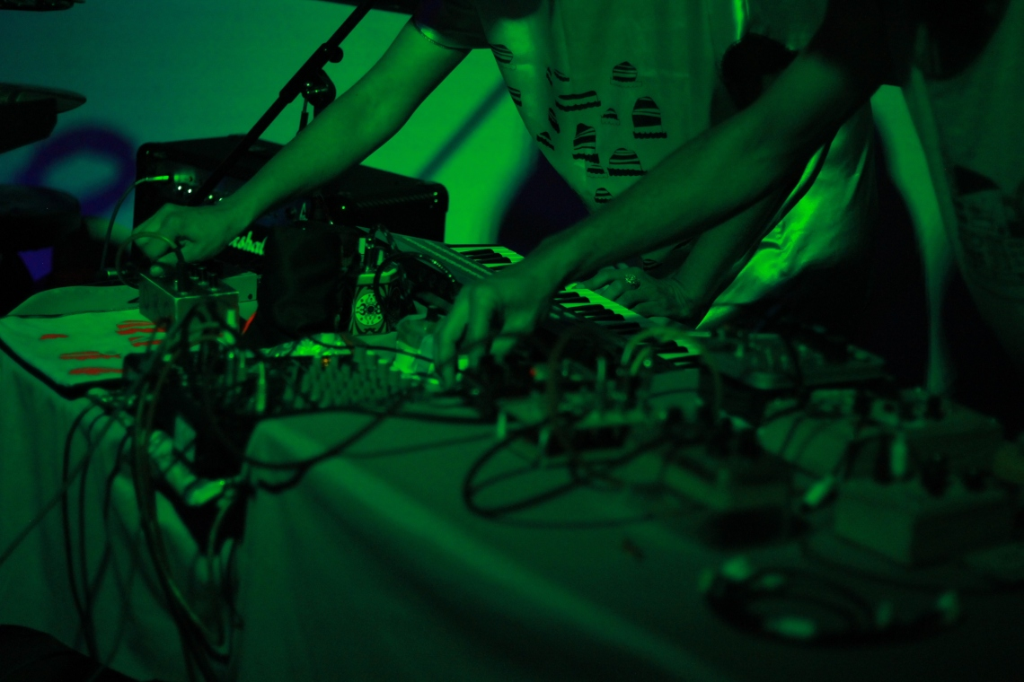 IMG_6319 - De la Puta electronics.jpg