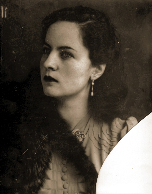 señora 2 - Alejandro Acurio.jpg